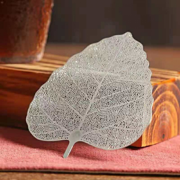 silver stainless steel leaf shaped filter
